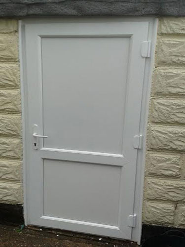 2xg half glazed flat panel upvc back door for Back door with window that opens