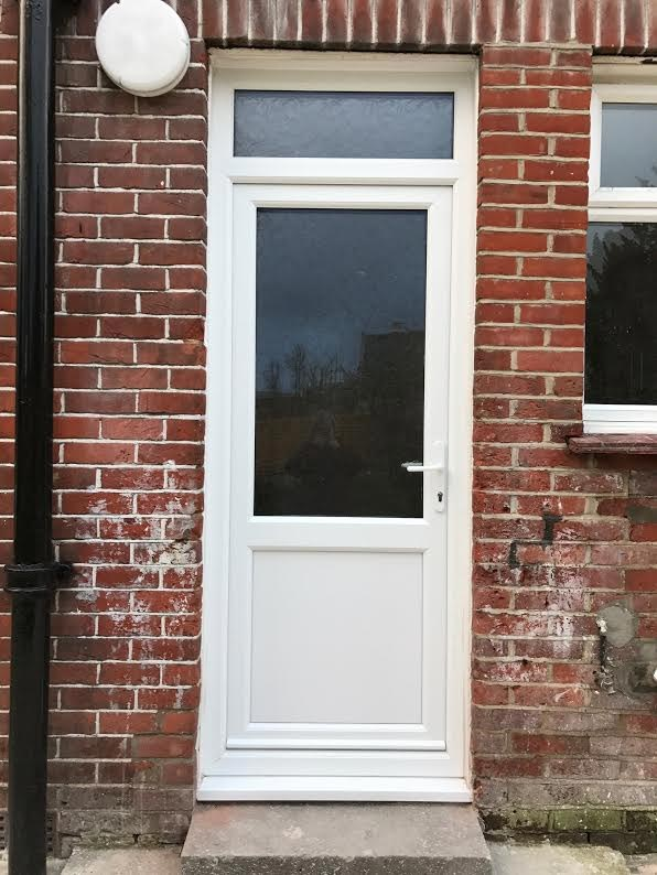Cheap exterior front doors cheap red exterior for Cheap back doors for homes